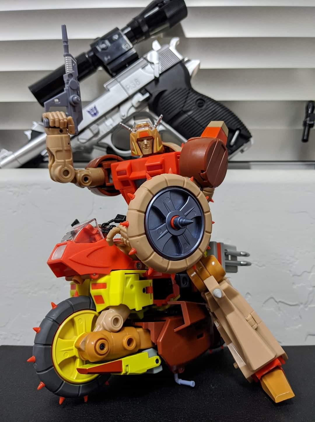 [KFC Toys] Produit Tiers - Jouets Crash Hog (aka Wreck-gar/Ferraille), Dumpyard (aka Junkyard/Décharge) et autres Junkions/Ferrailleurs - Page 3 CfJfD64V_o