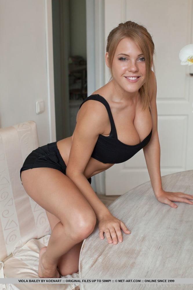 Petite girls with big tits pics-6223