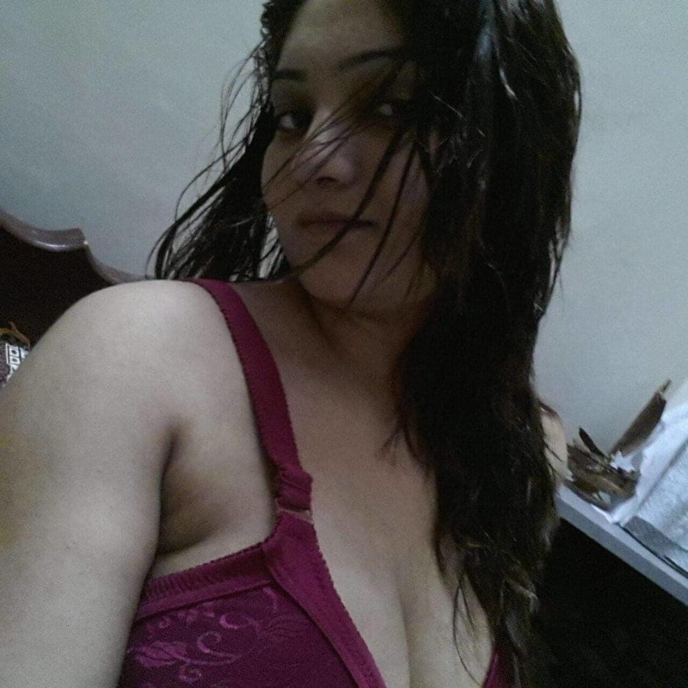 Natural nude big boobs-7156