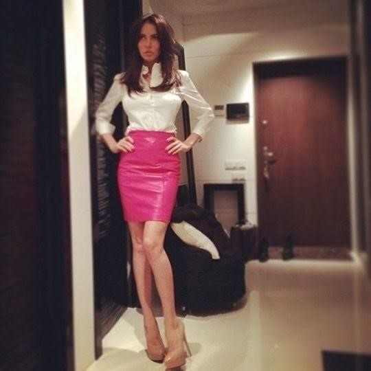 Neon pink leather skirt-3869