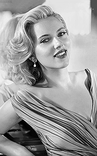 Scarlett Johansson KkFEHVlc_o