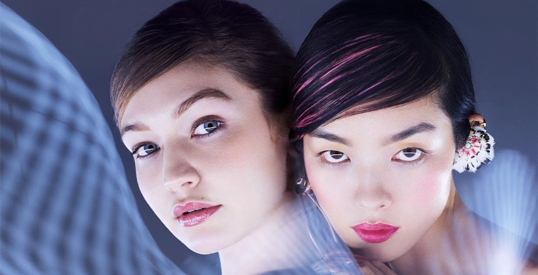 Светящиеся Джиджи Хадид и Фей-Фей Сун в журнале Vogue Гонконг, март 2019