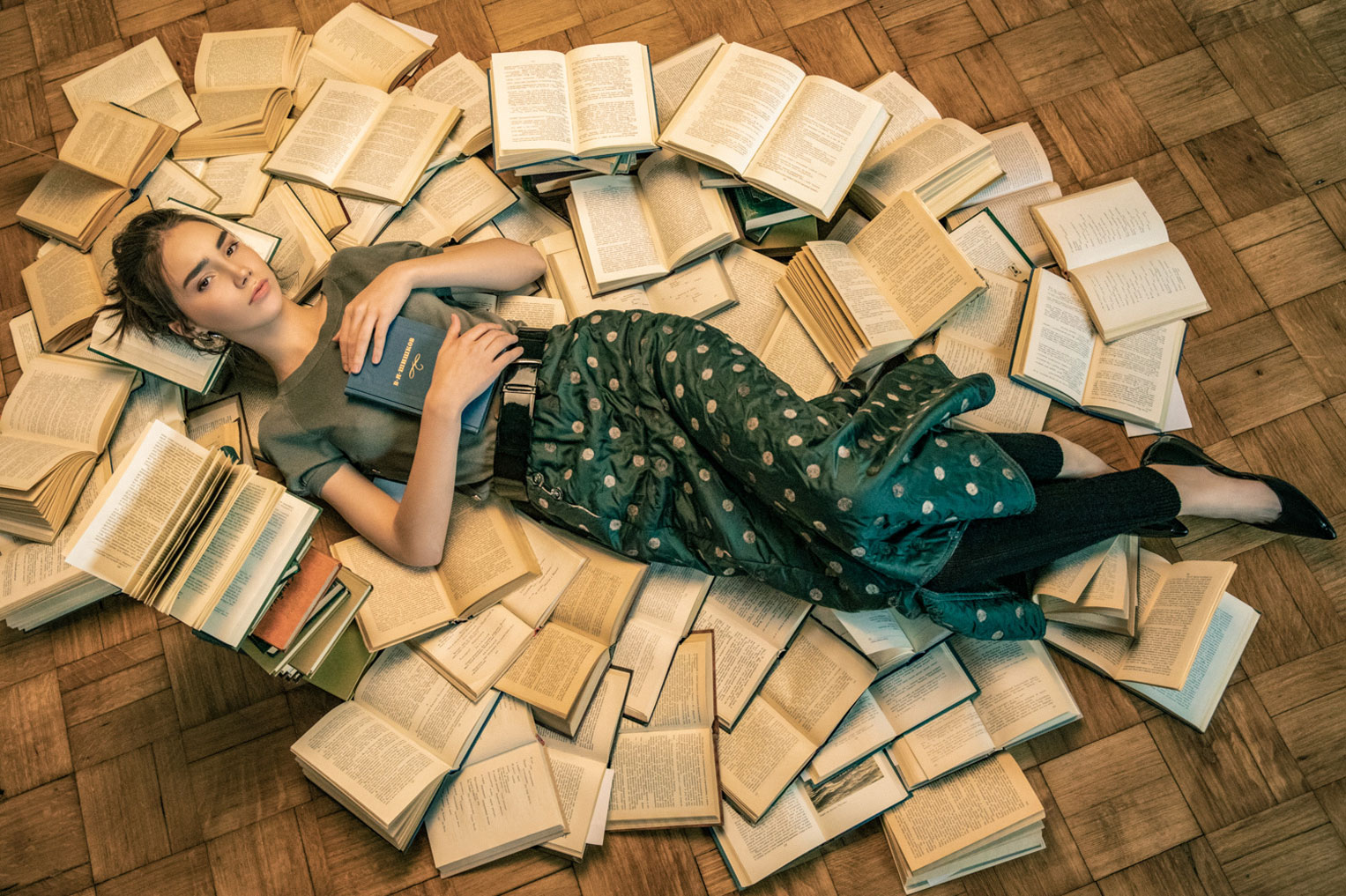 Bookworm / Anna Palaguto by Ilya Blinov
