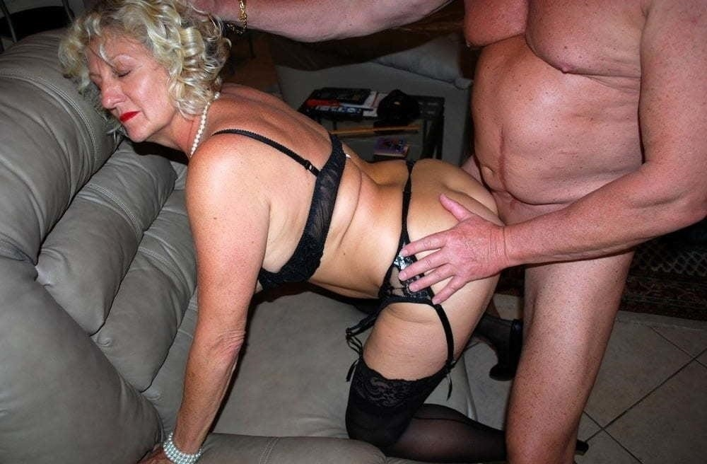 Hot girl with old guy-4633