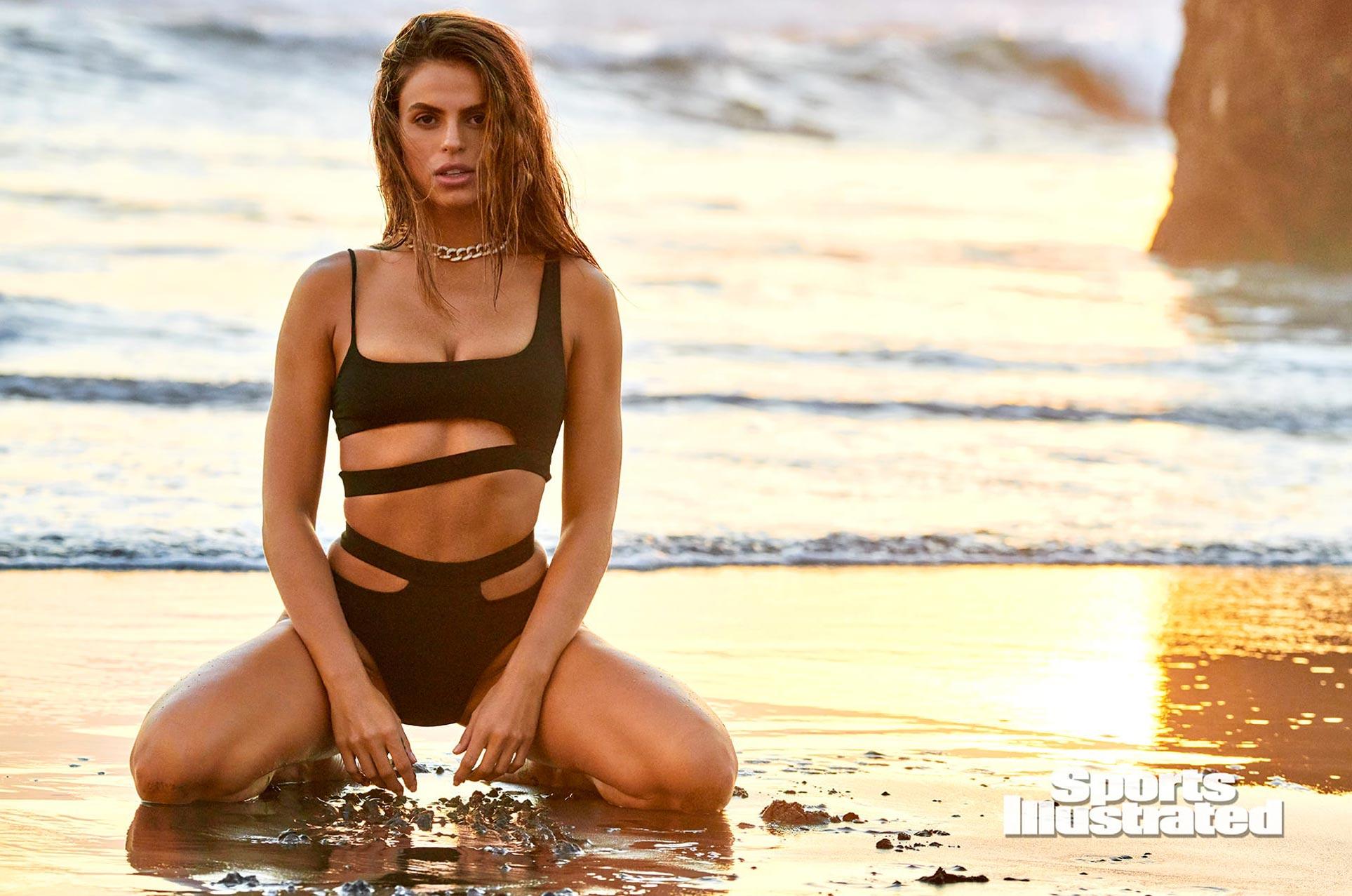 Брукс Надер в каталоге купальников Sports Illustrated Swimsuit 2020 / фото 17