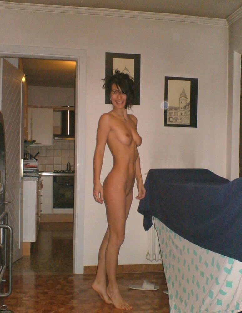 Wife naked on vacation-5822
