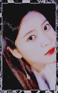 Kim Ye Rim - YERI (RED VELVET) - Page 2 KkUPJ77d_o