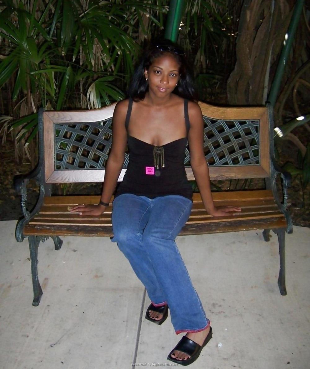 Gorgeous black teen sex-8988