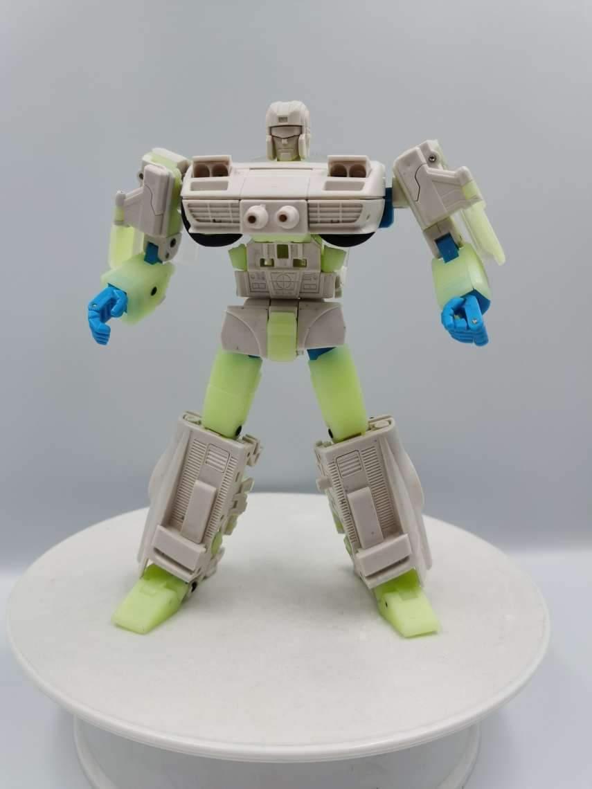 [X-Transbots] Produit Tiers - Jouets MX-?? - aka Camshaft/Arbre à cames, Overdrive/Saturation et Downshift/Rétrograde (Omnibots) N50FM0dM_o
