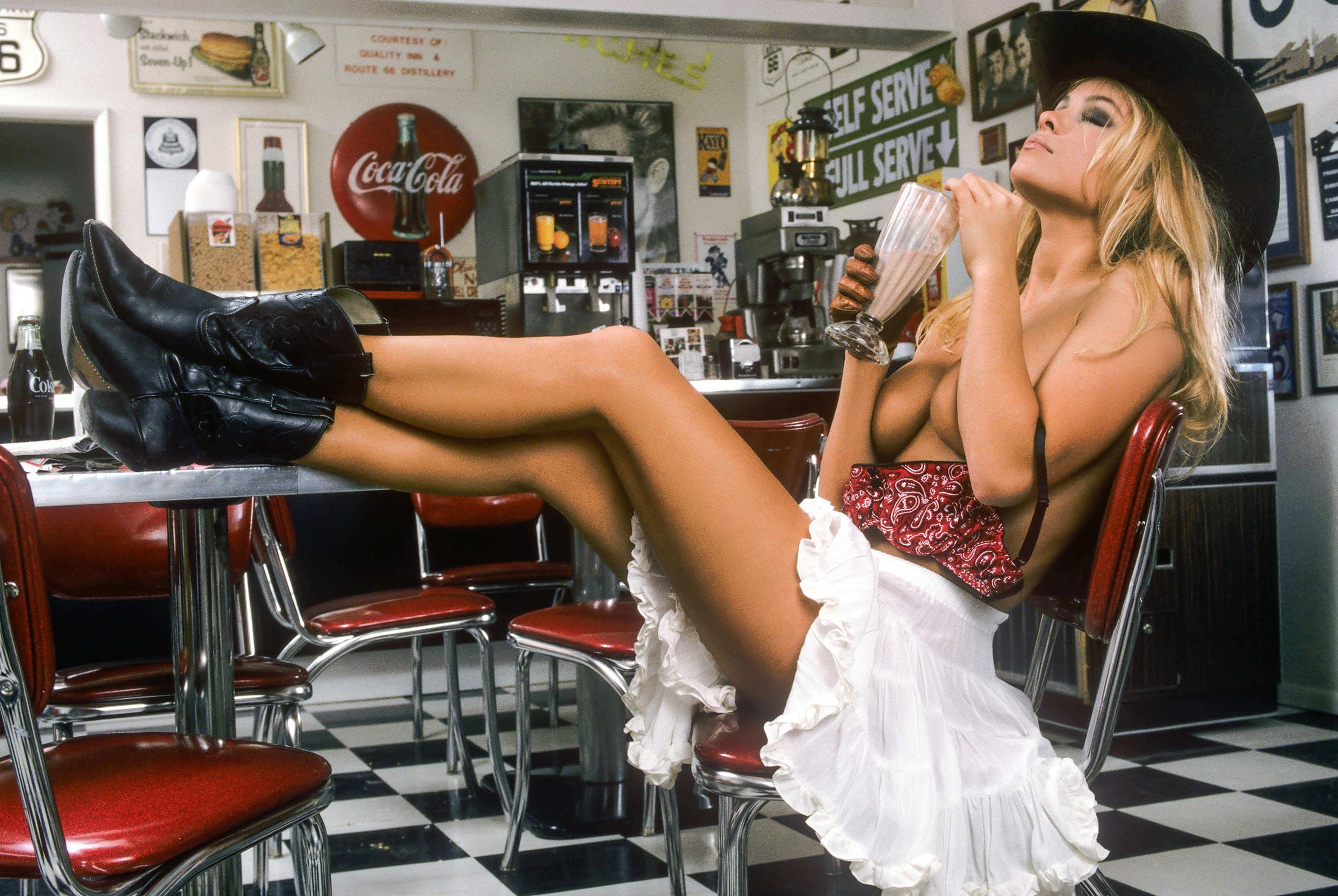Памела Андерсон, 1992 год / фото 01