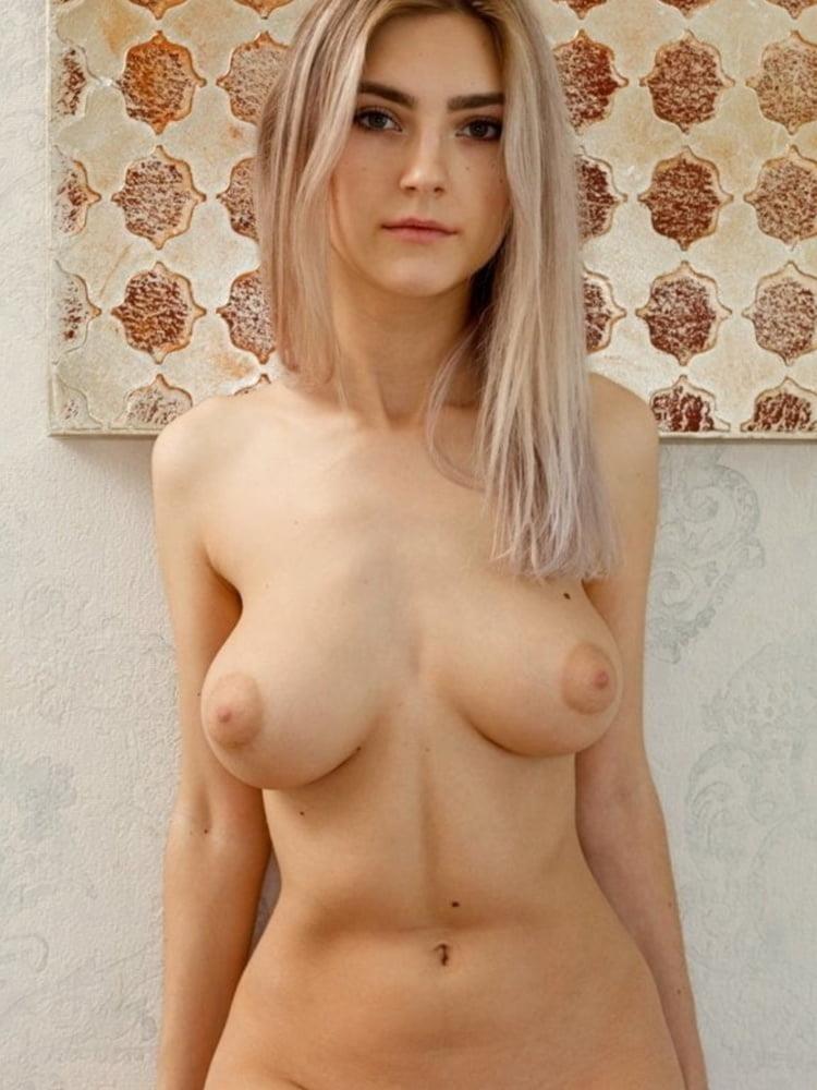 Sexy nude women big tits-9397