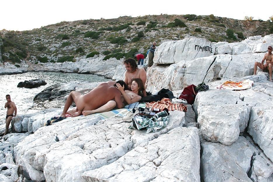 Amateur public threesome-3389