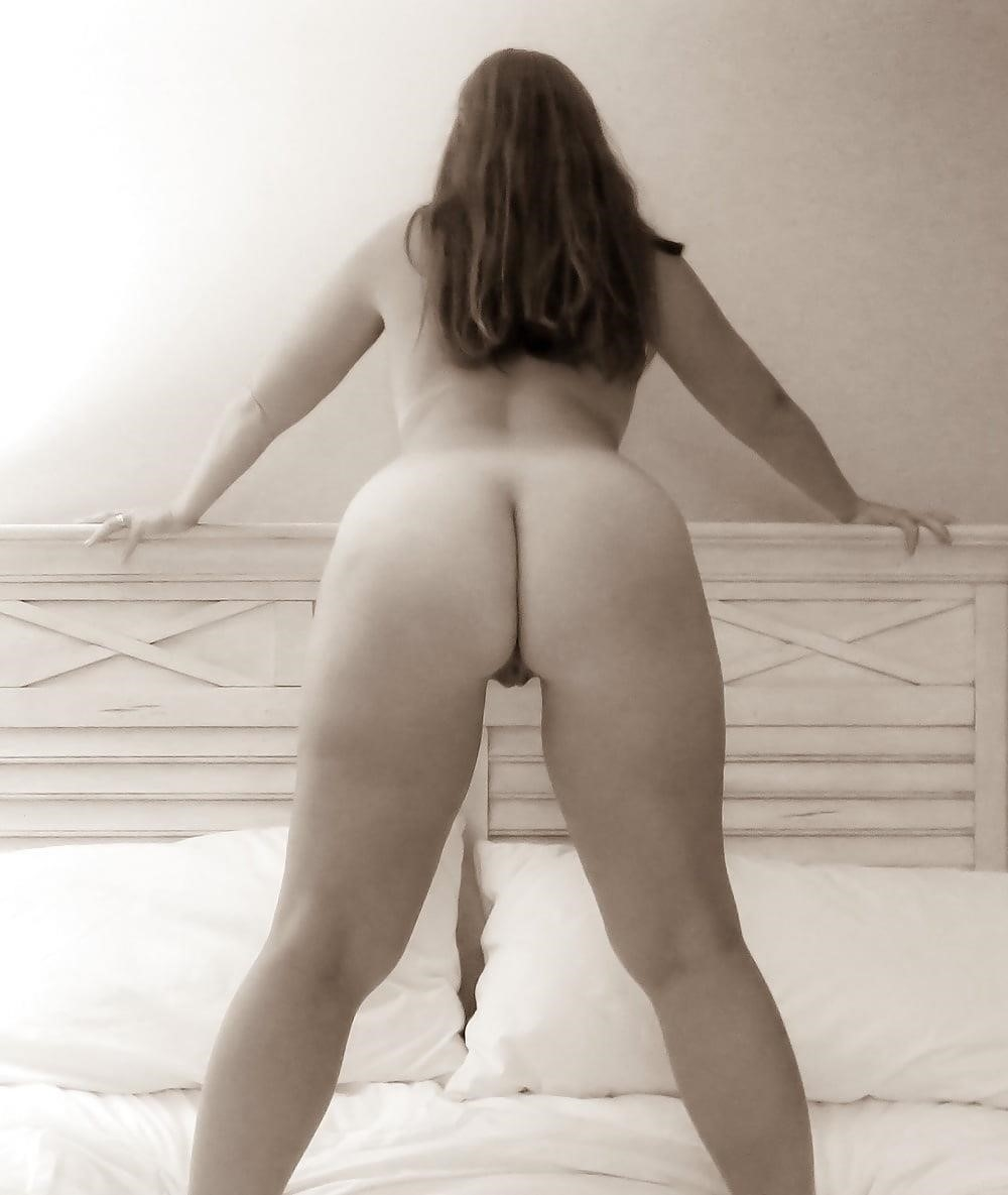 Mature thick wife-9584