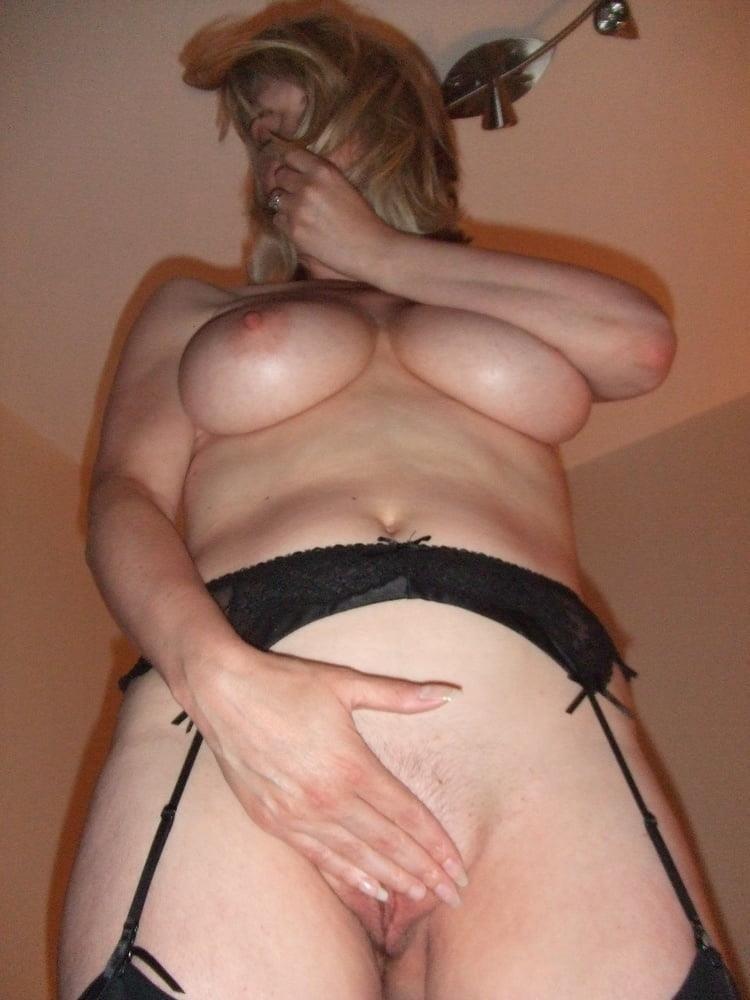Hot blond milf anal-5280