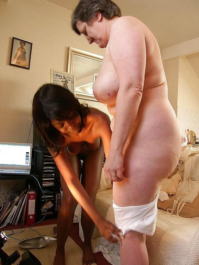 Old white guy young black girl-9828