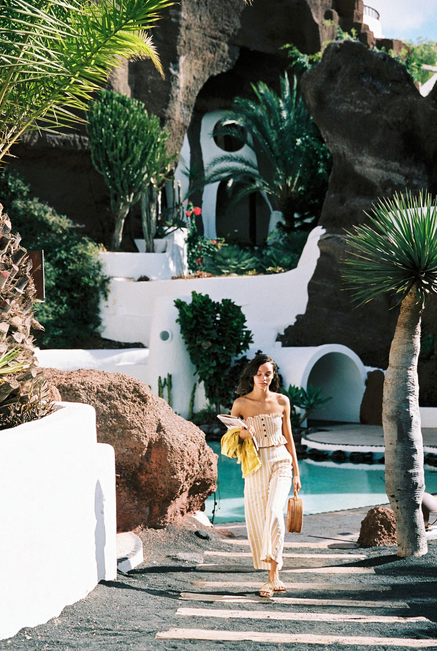 Коллекция купальников и пляжной одежды Faithfull the Brand, лето 2019 / фото 42