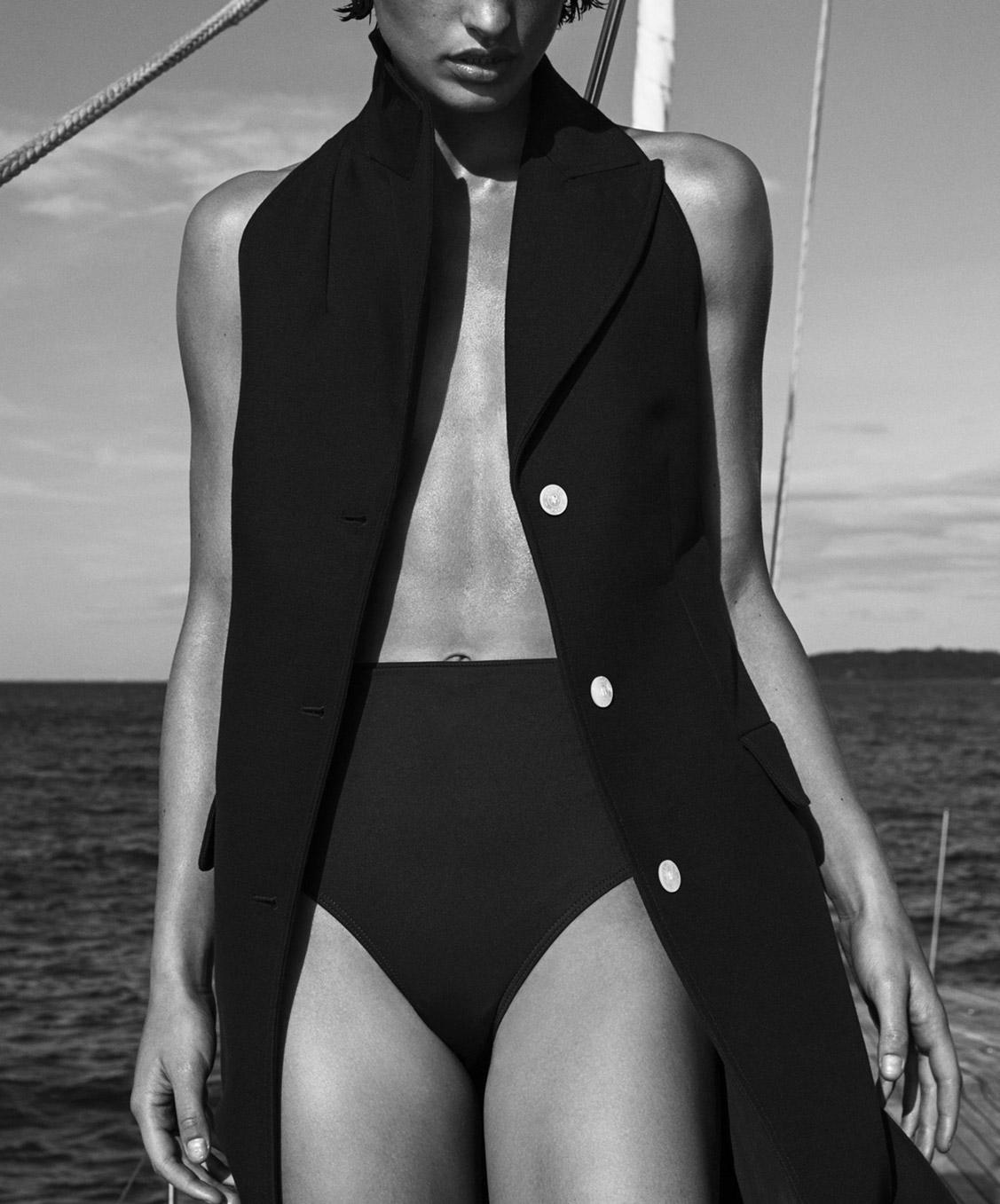 Прогулка на яхте с Джулией ван Ос / Sound of Summer / Julia van Os by Sebastian Kim / Vogue Australia december 2017