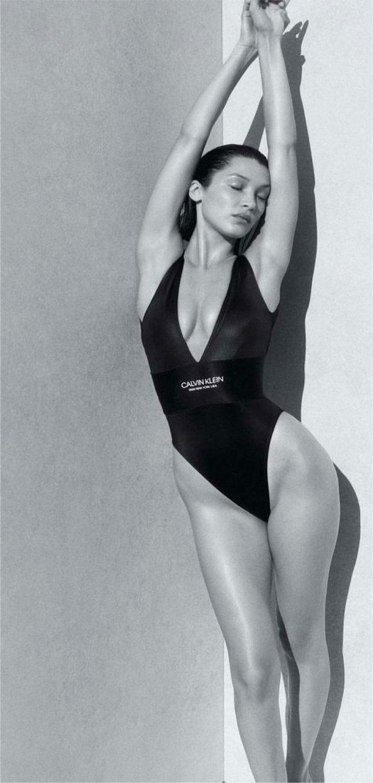 Белла Хадид в рекламной кампании купальников Calvin Klein, 2020 год / фото 06