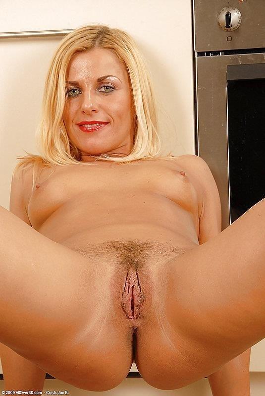 Beauty mature sex pics-4468