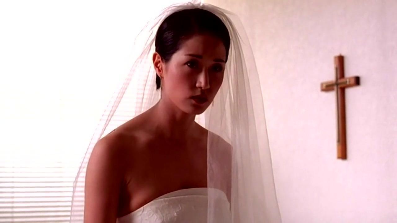 My Wife Is a Gangster (2001) UNCUT 720p WEBRip x264 ESubs [Dual Audio][Hindi+Korean]