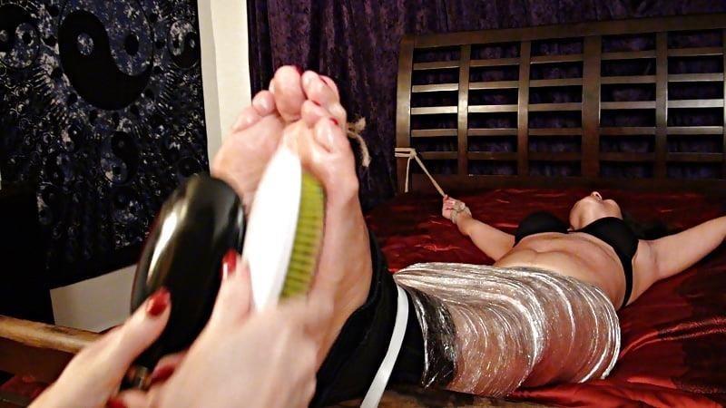 Bondage tickle feet-8187