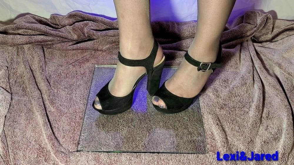 Worship young feet-5821