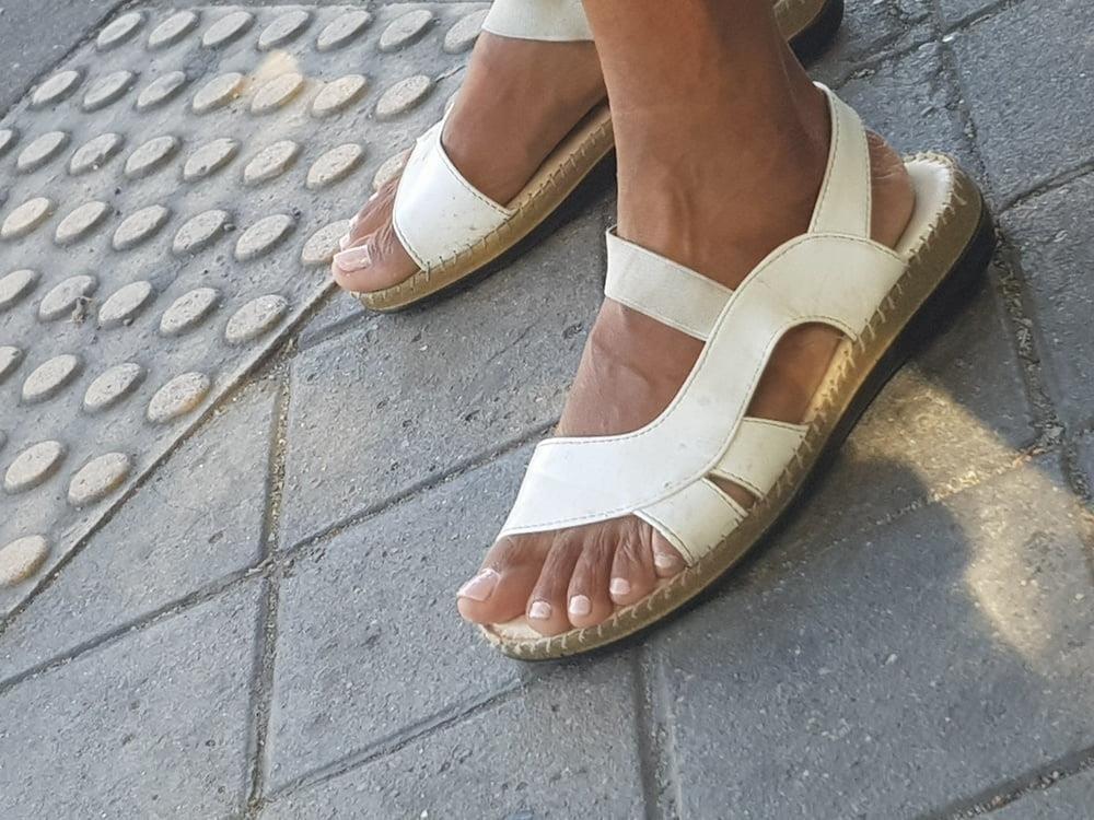 Black mom feet porn-2309