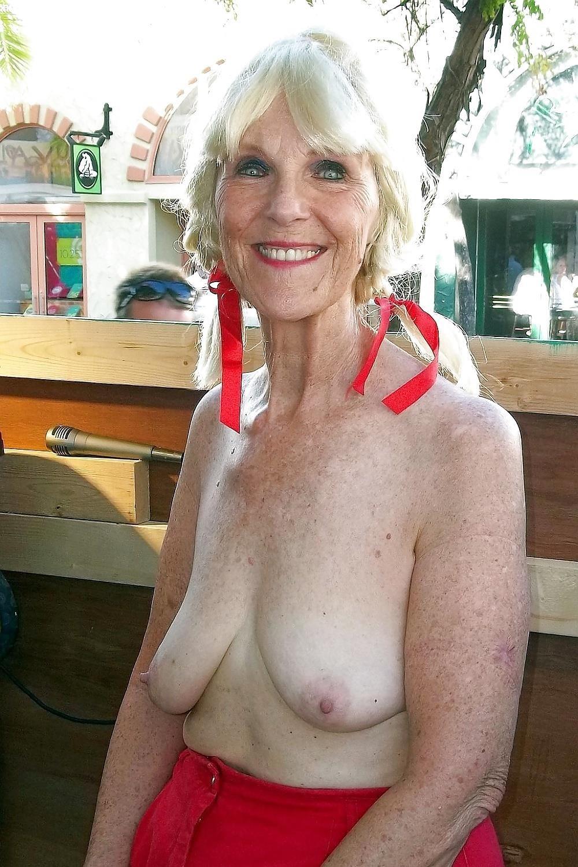 Homemade old granny porn-2394
