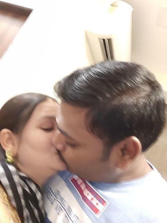 Desi lesbian hot kissing-1325