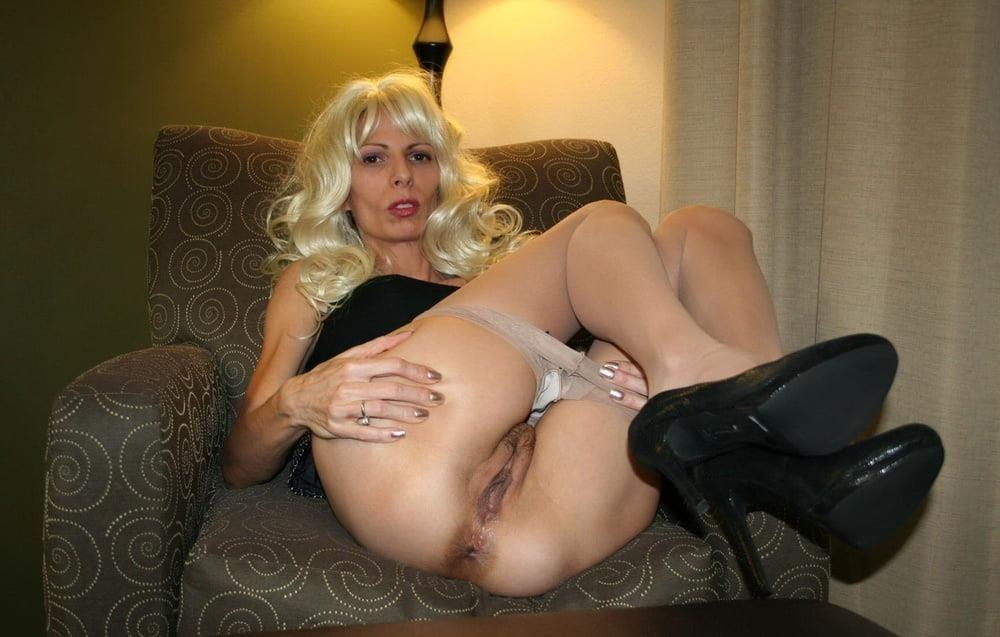 Thin mature nude-9912
