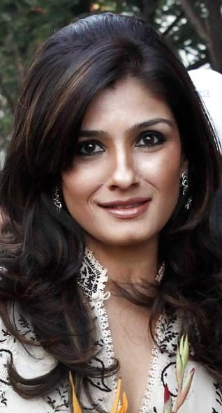 Raveena tandon hot sexy photo-4204