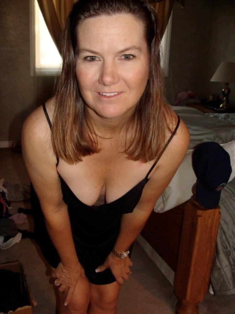 Nude milf panties-1282