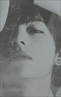 Kim Tae-Hyung (V). UOKGsnub_o