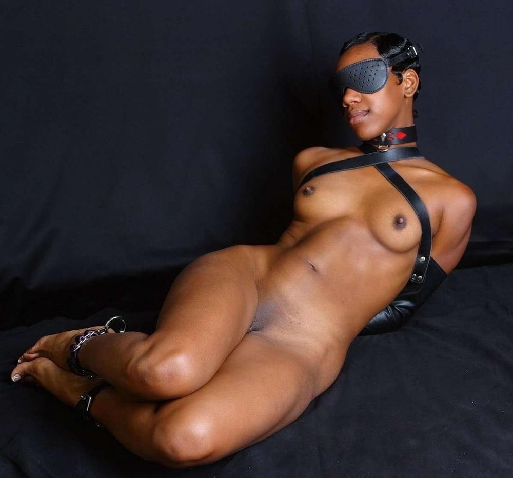 Ebony black naked women-8731