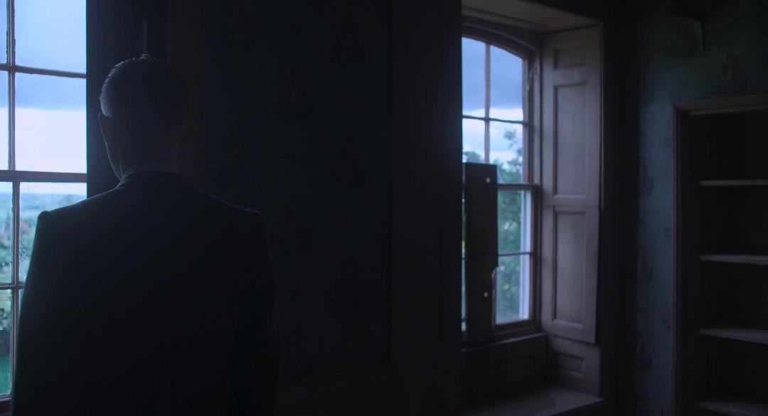 The Little Stranger (2018) 1080p BluRay x264 DD5 1 {Dual Audio}{Hindi+English] -Hammer