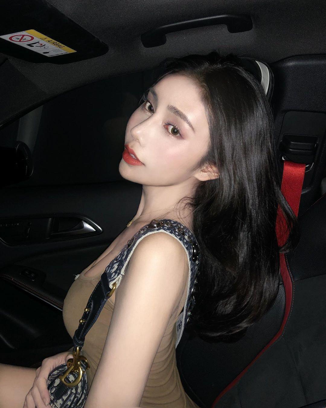 RfEXEFCe o - IG正妹—李薇