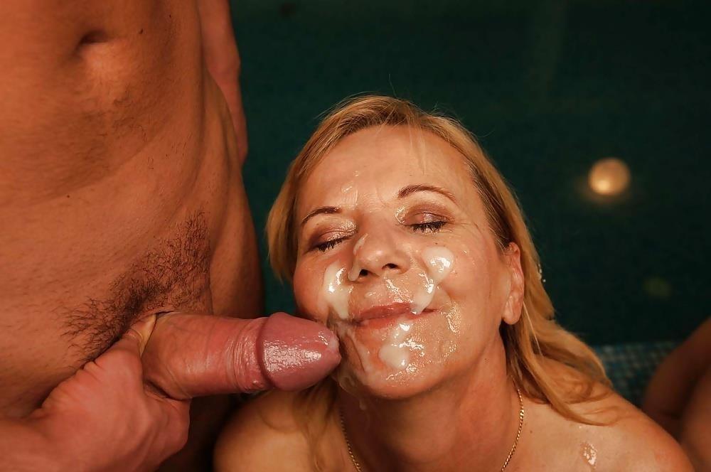 Massive female orgy-9878