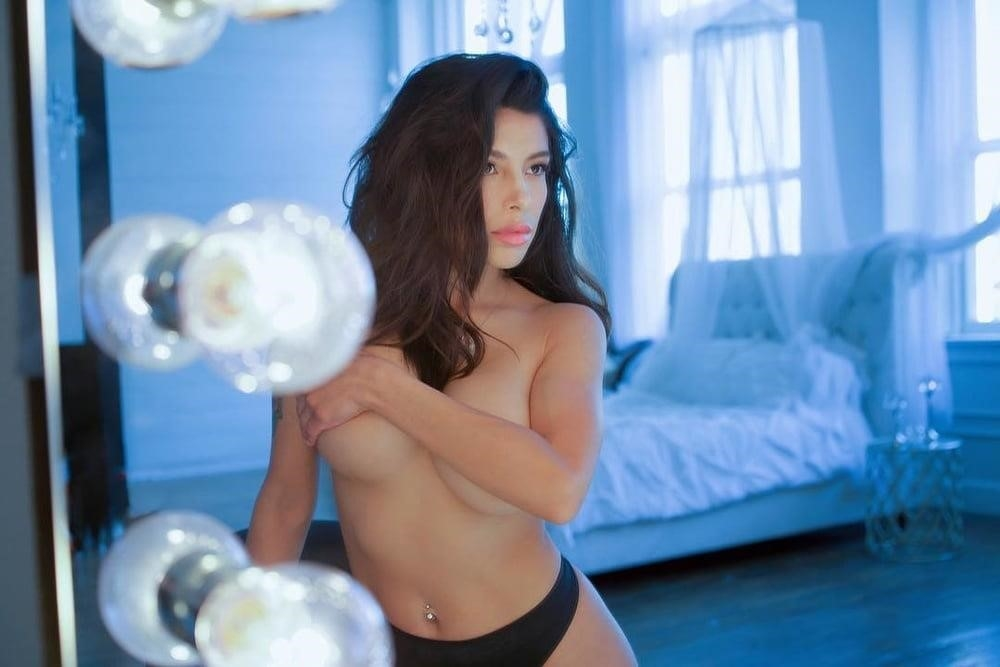 American big boobs nude-1399