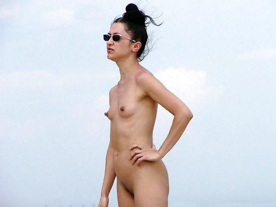 Natural tits on the beach-1260