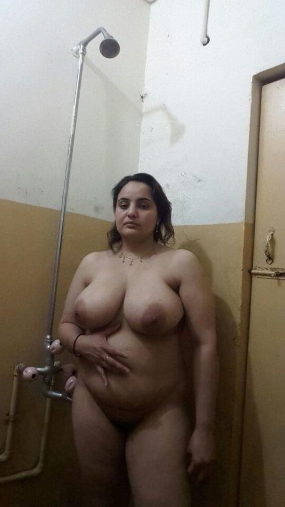 Big boobs lady pic-8928