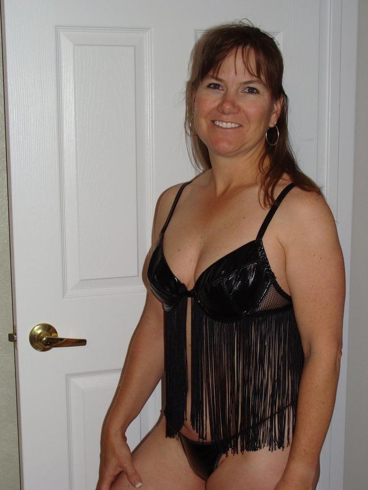 Nude milf panties-4862