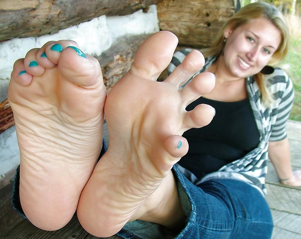 Young foot porn-4306