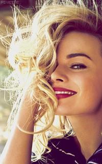Margot Robbie 7fAhJTP1_o
