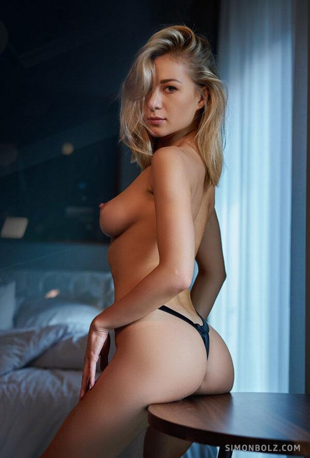 Дарья Литвин в сексуальном черном нижнем белье / фото 08