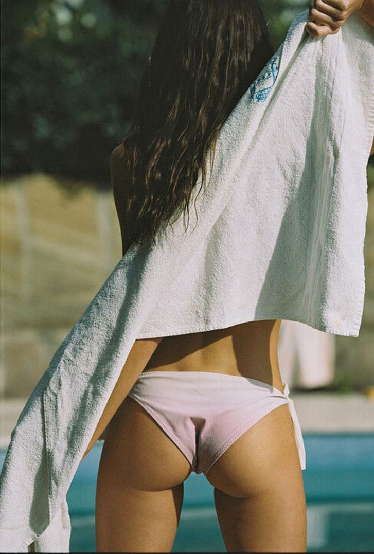 Софья Рейнал в купальниках и нижнем белье Love Stories Intimates, лето 2020 / фото 23
