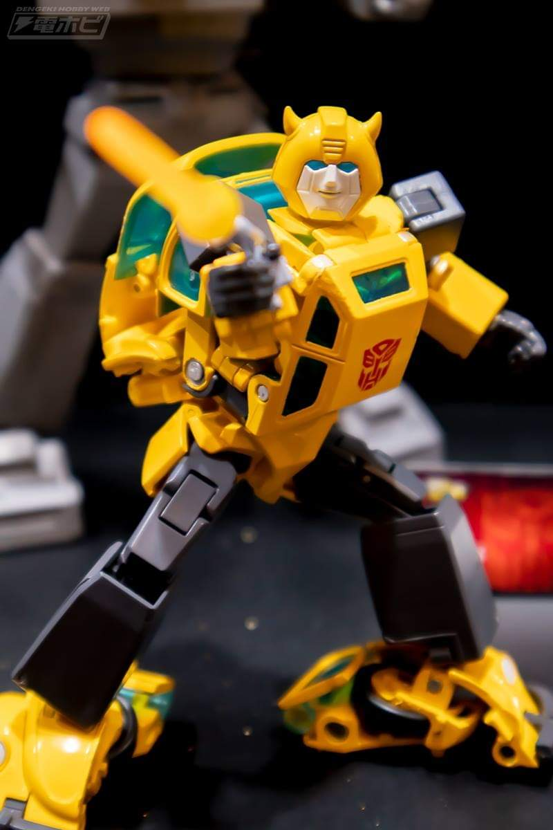 [Masterpiece] MP-45 Bumblebee/Bourdon v2.0 5K3Cr3c6_o
