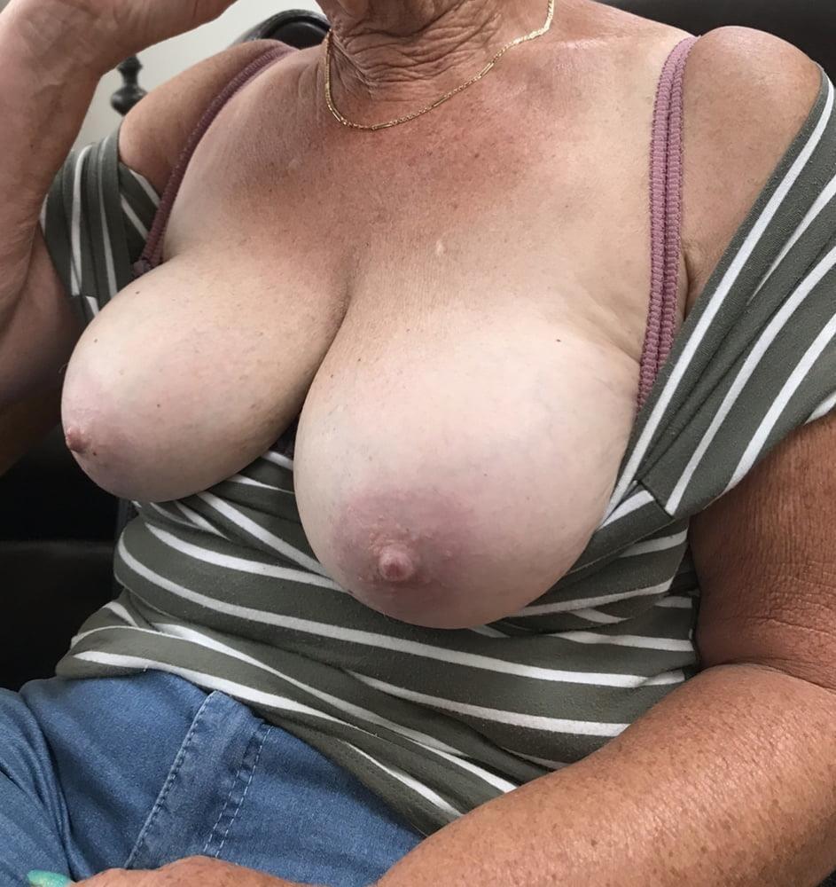 Nice sexy big tits-9503