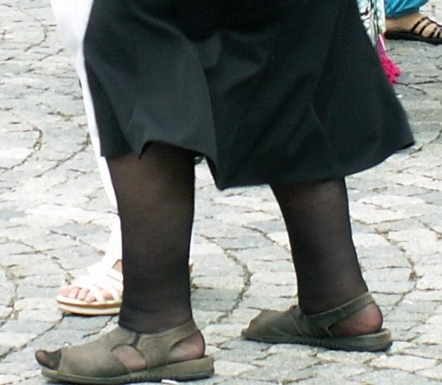 Old granny feet porn-6977