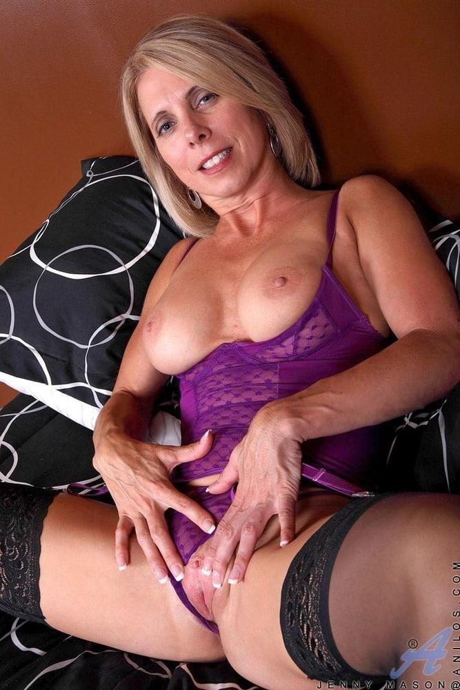 Big tits in stockings pics-9411