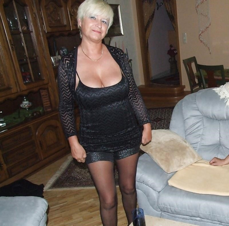 German mature mom-8100